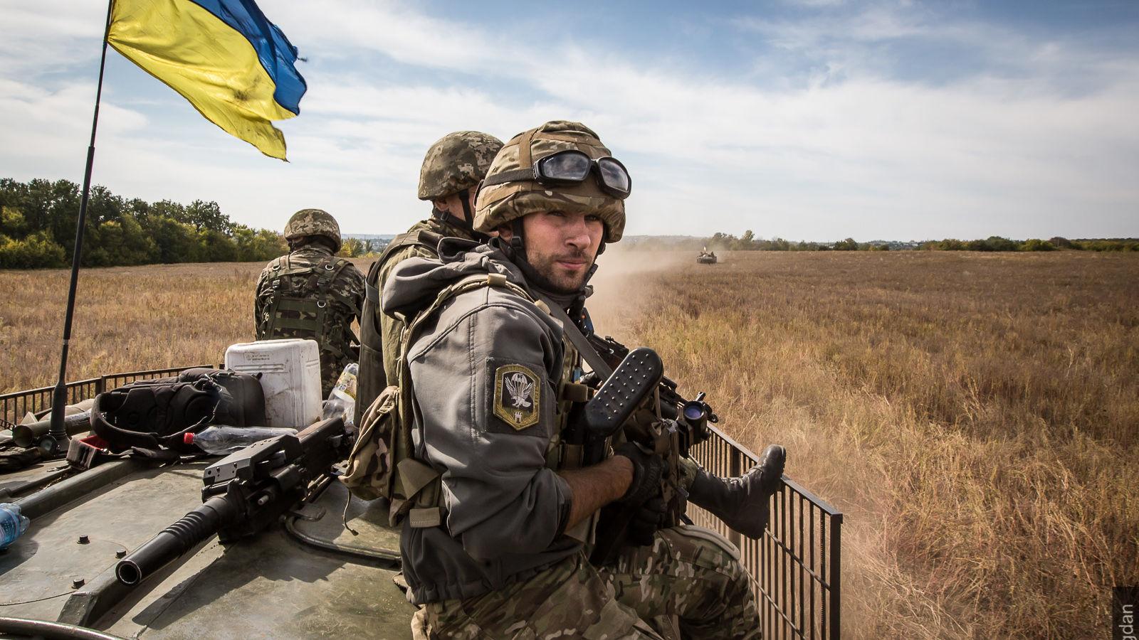 актрисы модели, популярные фото украинских военных девушки